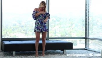 Cocksucking stepmom cumswaps with teen