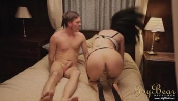 Chained pussy lickings with wicked lesbo girls