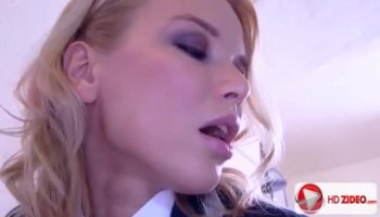Sultry blondie enjoys hard knob