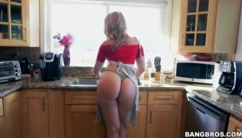 Krista James is all nice and all natural